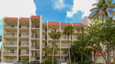 West Palm Beach Condo For Sale: 3000 Presidential Way #402