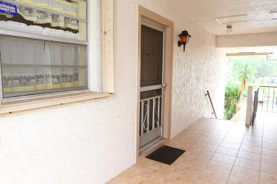 Boca Raton FL Rental For Rent: $1,275