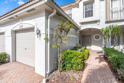 Boca Raton Townhouse For Sale: 21109 Via Eden