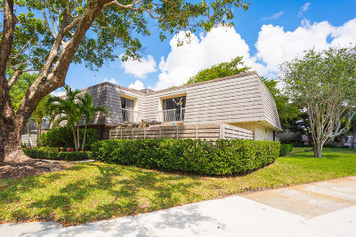 Palm Beach Gardens Townhouse For Sale: 1131 11th Terrace