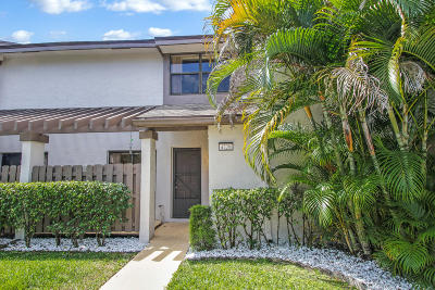 Broward County Townhouse For Sale: 4729 NW 82nd Avenue #1304