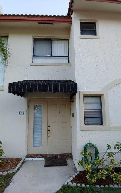 Boca Raton Townhouse For Sale: 7200 NW 2nd Avenue #164