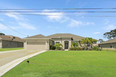 Single Family Home For Sale: 4238 SW Oblique Street
