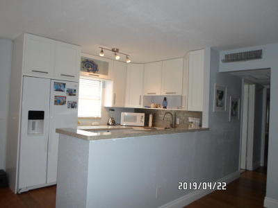 Delray Beach Condo For Sale: 613 Brittany M