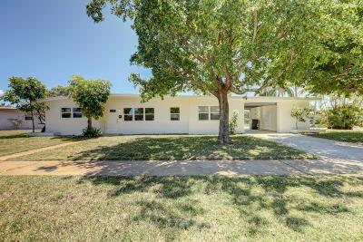 Lake Park Single Family Home For Sale: 324 Flagler Boulevard