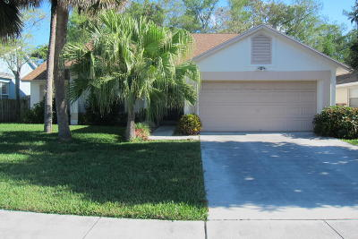 Lake Worth Single Family Home For Sale: 9923 Cross Pine Court