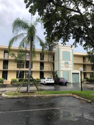 Boca Raton Condo For Sale: 1 Royal Palm Way #3010