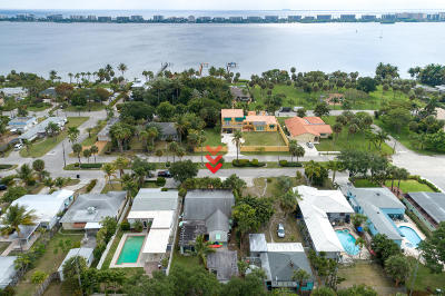 Lake Worth Single Family Home For Sale: 1015 S Palmway