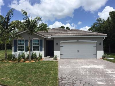 Palm City Single Family Home For Sale: 3571 SW Blackberry Lane