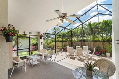 Delray Beach Single Family Home For Sale: 4870 Sherwood Forest Drive