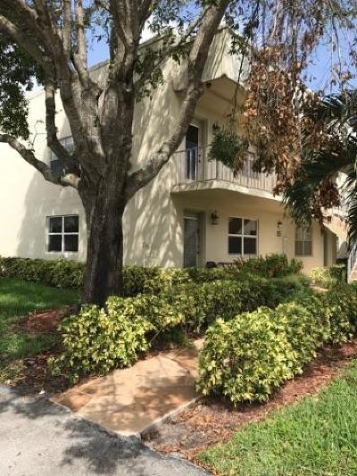 Delray Beach Condo For Sale: 912 Flanders S #912
