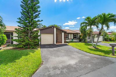 Delray Beach Single Family Home For Sale: 15680 Bottlebrush Circle