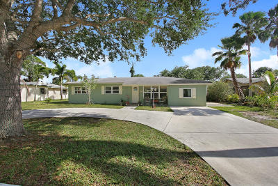 Tequesta Single Family Home For Sale: 406 Tequesta Drive
