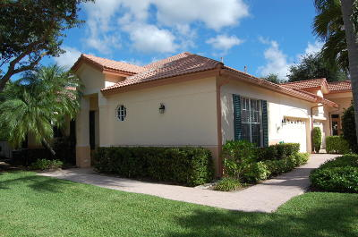 Palm Beach Gardens Townhouse For Sale: 145 Monterey Pointe Drive
