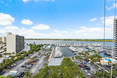 North Palm Beach Condo For Sale: 123 Lakeshore Drive #1145