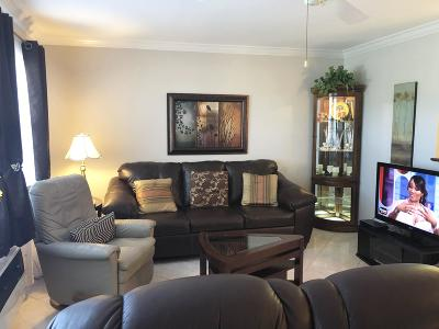 Deerfield Beach FL Condo For Sale: $74,900