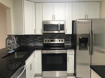 Boca Raton Condo For Sale: 9354 SW 3rd Street #613