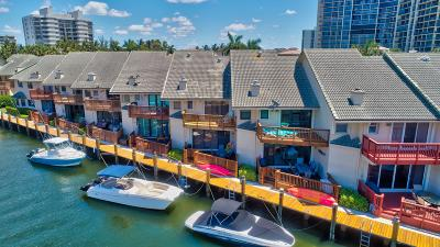Highland Beach Townhouse For Sale: 1031 Boca Cove Lane