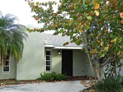 Port Saint Lucie Single Family Home For Sale: 2660 SE Grand Drive