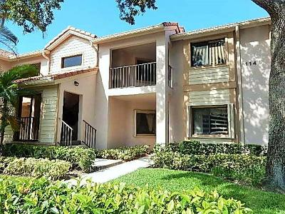 Palm Beach Gardens FL Condo For Sale: $200,000