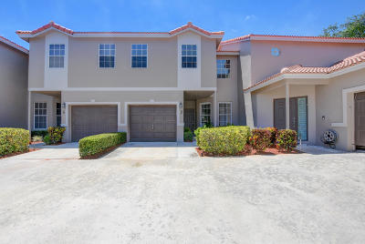 Boca Raton FL Townhouse For Sale: $299,000
