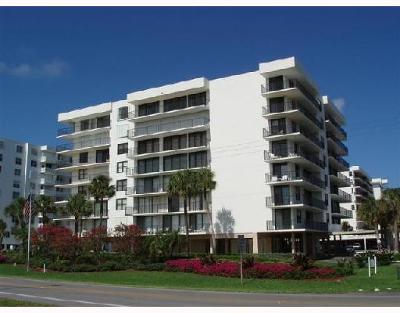 Palm Beach Condo For Sale: 3460 S Ocean Boulevard #116
