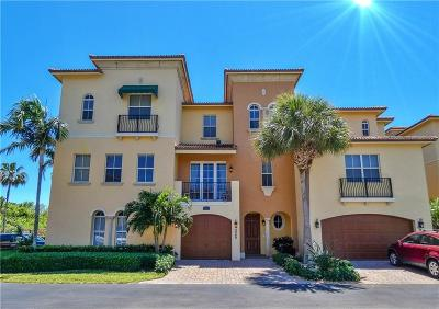Townhouse For Sale: 228 Ocean Bay Drive