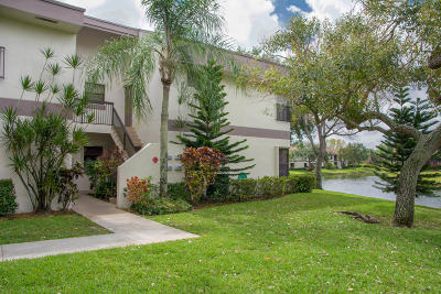 Coconut Creek Condo For Sale: 4740 Carambola Circle