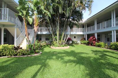 Delray Beach Condo For Sale: 1820 S Ocean Boulevard #1d
