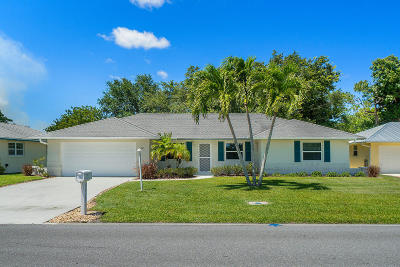 Tequesta Single Family Home Contingent: 9811 SE Little Club Way