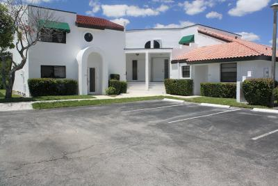 Deerfield Beach Townhouse Contingent: 325 NW 36 Avenue #325