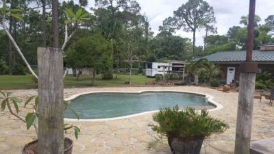 Loxahatchee Groves Single Family Home For Sale: 2811 G Road W
