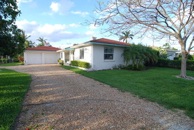 Palm Beach Shores Single Family Home For Sale: 343 Cascade Lane