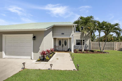Hobe Sound Single Family Home For Sale: 8121 SE Shiloh Terrace