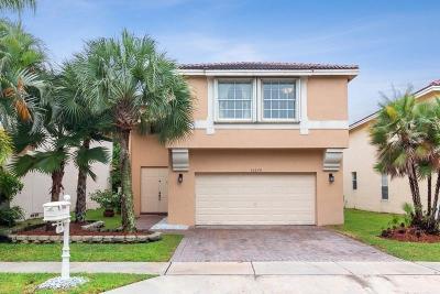Weston Single Family Home For Sale: 16190 La Costa Drive