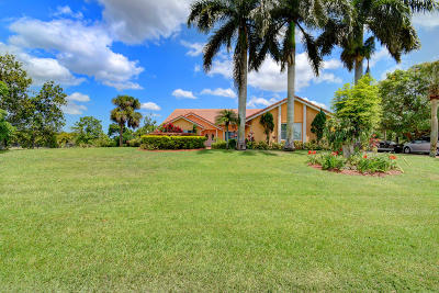 Delray Beach Single Family Home For Sale: 8410 Sawpine Road