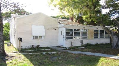 Lake Worth Single Family Home For Auction: 801 N A Street