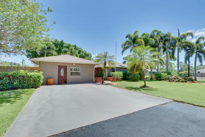 Lake Worth Single Family Home For Sale: 5484 2nd Road