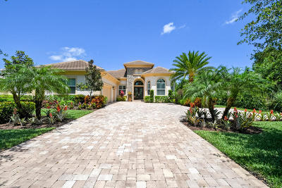 Hobe Sound Single Family Home For Sale: 6251 SE Moss Ridge