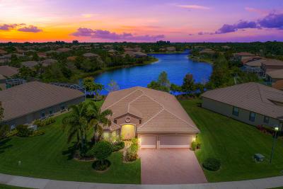 Stuart Single Family Home Contingent: 1413 SE Legacy Cove Circle