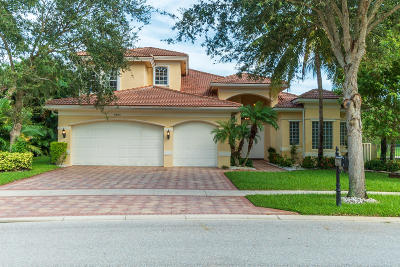 Boynton Beach Single Family Home For Sale: 8885 Starhaven Cove