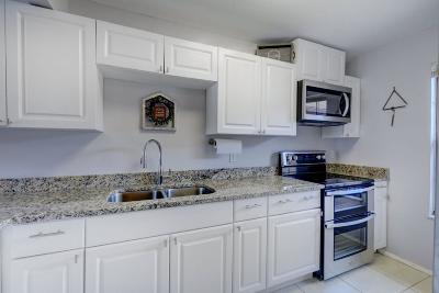 Port Saint Lucie Single Family Home For Sale: 1562 SE Corvair Court