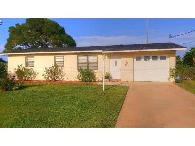 Port Saint Lucie Single Family Home For Sale: 179 NW Curtis Street