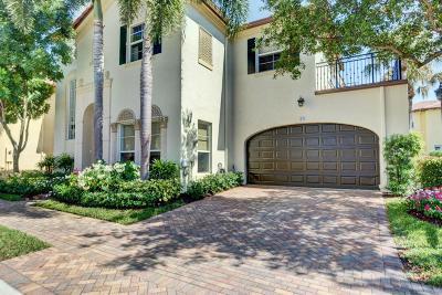 Boca Raton Townhouse For Sale: 93 Via Floresta Drive