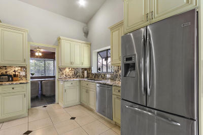 Coral Springs Single Family Home For Sale: 4933 NW 84th Road