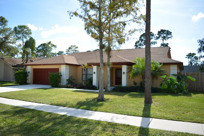 Wellington Single Family Home For Sale: 14068 Greentree Drive