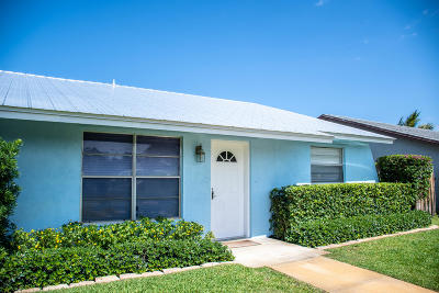 Hobe Sound Single Family Home Contingent: 8757 SE Sandy Lane
