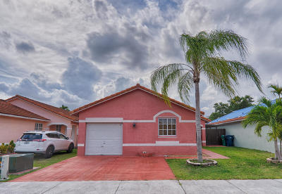 Miami Single Family Home For Sale: 17828 SW 146th Court