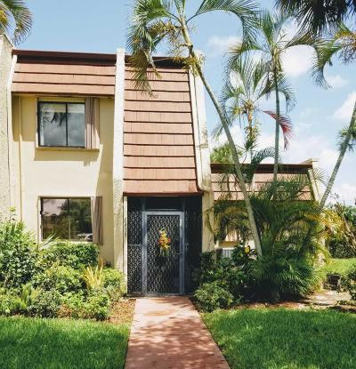 Lake Worth Townhouse For Sale: 4439 Luxemburg Court