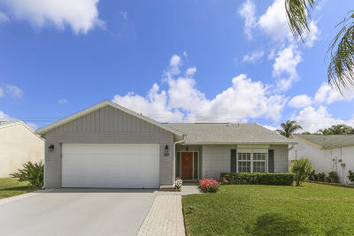 Jupiter Single Family Home Contingent: 127 Deerfield Drive